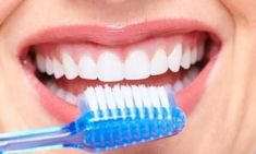 Top Oral Health Advice To Keep Your Teeth Healthy. The smile on your face is what people first notice about you, so caring for your teeth is very important. Unluckily, picking the best dental care tips migh Dental Hygiene, Dental Care, Best Teeth Whitening, Natural Home Remedies, Oral Health, Health Advice, Beauty Make Up, Health And Beauty, Herbalism