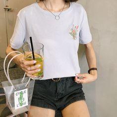 2017 Female Kawaii Flower Embroidery All-Match O-Neck Cotton T-Shirt Women Harajuku Velvet Punk Tops