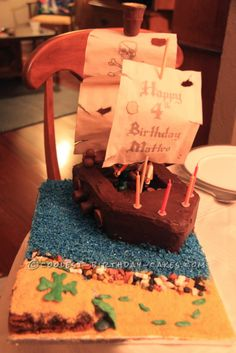 Coolest Playmobil Pirate Birthday Cake... This website is the Pinterest of birthday cake ideas