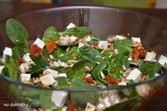 sałatka ze świeżego szpinaku z suszonymi pomidorami i fetą Green Beans, Feta, Grilling, Vegetarian, Salad, Cheese, Vegetables, Breakfast, Morning Coffee