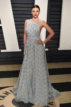 Miranda Kerr Oscars 2017 en robe miu miu