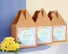 Les joli'box de Joli'essence : la boutique en ligne de rêve pour fabriquer ses cosmétiques soi-même ou acheter des produits bruts et bio (huiles végétales, huiles essentielles, hydrolats …) www.sweetandsour.fr