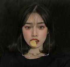Etits ➹ An Ulzzang Shop - Black Aesthetic (girls) Korean Beauty, Asian Beauty, Korean Girl Photo, Ulzzang Korean Girl, Uzzlang Girl, Pretty Asian, Aesthetic Girl, Pretty People, Ulzzang Makeup