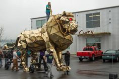 Giant lion made by Michael Curry Design for Katy Perry's performance at the 2015 Super Bowl.