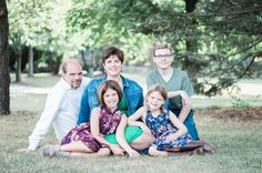Family portrait photographed by @katelynaltobellaphotos edited with Mastin Labs film emulation presets for Adobe Lightroom.     #familyportrait #familyphotography