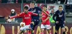 Benfica e FC Porto entram hoje em campo com o objectivo de confirmar o apuramento para as meias-finais da Liga Europa, depois de ambos terem ganho na 1.º mão por 1-0! Será que a vantagem obtida contra AZ Alkmaar e Sevilha será suficiente para que possam sorrir no final?