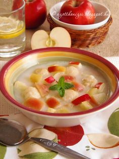 Apple soup with rice dumplings - Almaleves rizsgombóccal - Az otthon ízei Apple Soup, Eat Pray Love, Tasty, Yummy Food, Hungarian Recipes, Cheeseburger Chowder, Stew, Soup Recipes, Curry