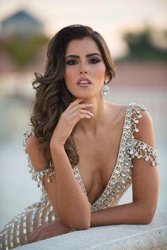 Miss Colombia, Paulina Vega, wins Miss Universe 2014 - Cosmopolitan.com