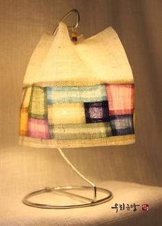 멋진 인테리어 소품인 모시갓등이예요~~ : 네이버 블로그 Lanterns, Quilts, Lighting, Create, Drawings, Home Decor, Scrappy Quilts, Decoration Home, Room Decor