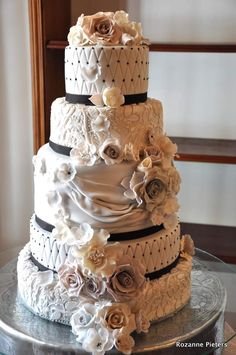 Victorian style Wedding cake. This five tier victorian style wedding cake ...