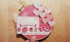 Aro de bordar decorado con papeles de scrap. #bastidor  #arodebordar #scrapbooking #scrap #scrapbook  #maricuchíbricas