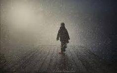 @paoladelusa: @TwoReaders rimase tutta la mattina a guardare la neve cadere.Rpensava a se stesso,a quando era ragazzino pag.295