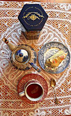 English Afternoon (Ahmad tea) Ahmad Tea, Afternoon Tea Parties, Cuppa Tea, Tea Time, Tea Party, Tea Cups, England, Favorite Recipes, Coffee