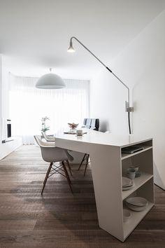 C.T. Architects transformaron y adaptaron un antiguo espacio de almacenamiento a las necesidades de su cliente, una persona en silla de ruedas