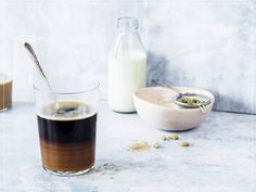 Coffee Milk, Hot Coffee, Iced Coffee, Cooking With Kids, Cooking Time, Vanille Paste, Brunch, Coffee Places, Food Trends