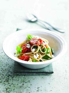 Linguini au Chavignol, tomates cerises, ail et basilic frais
