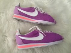 NIKE WOMENS  CLASSIC CORTEZ BR CASUAL  RUNNING SHOES SNEAKERS Sz 7.5 Purple Pink