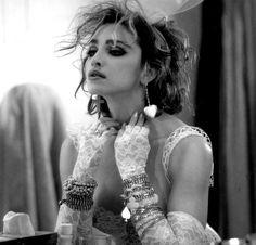 Madonna  Penelope!!!!?? LOOK FAMILIAR????