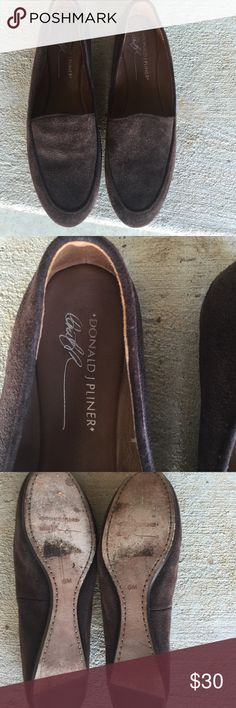 Donald J Pliner suede flats. Size 8M Adorable shoes. Excellent condition. Worn once or twice. So comfortable! Donald J. Pliner Shoes Flats & Loafers