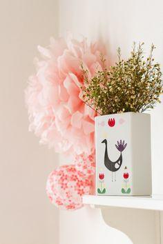 Peacok vase