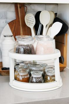 Great tips for how to organize spices and make them last. Cute vinyl labels using a Cricut. Spice Jar Labels, Spice Jars, How To Make Spice, Spice Organization, Household Organization, Organizing Ideas, Organize Spices, Jar Storage, Storage Containers