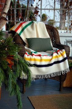 cozy hudsons-bay-blanket by The Art of Doing Stuff, via Flickr