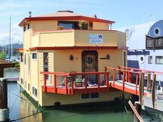 floating house sausoli