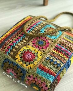 Granny Square Crochet Pattern, Crochet Squares, Crochet Stitches, Crochet Patterns, Crochet Handbags, Crochet Purses, Crochet Shoes, Knit Crochet, Hand Embroidery Art