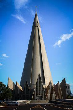 Catedral Basílica Menor Nossa Senhora da Glória (Catedral de Maringá) -- Maringá, Paraná.
