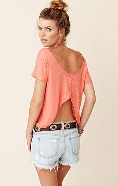 Have a couple similar to this but this one looks so much more laid-back. Like it.