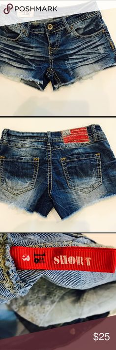 🛑 Forever 21 Denim Shorts Excellent Used Condition Forever 21 Shorts Jean Shorts