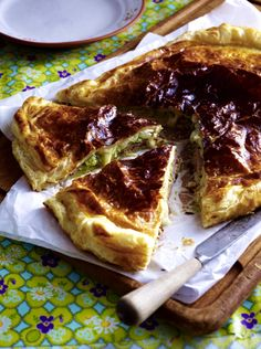 Unser beliebtes Rezept für Käse-Pie mit Schinken und Zucchini und mehr als 55.000 weitere kostenlose Rezepte auf LECKER.de. Zucchini, Savory Tart, French Toast, Breakfast, Desserts, Food, Recipes, Hams, Popular Recipes