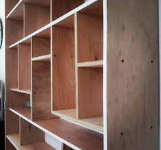 #woodwork #woodshop #woodworking #woodshop #furniture #bookshelves #plywood #home #interior #deco # casa #biblioteca # carpintería #madera #muebles #reinetamuebles