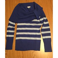 Shades of blue New York & Company Sweater This is a beautiful sweater from New York & Company. It is navy blue and baby blue striped. Terrific condition! Any questions just ask! New York & Company Sweaters Cowl & Turtlenecks