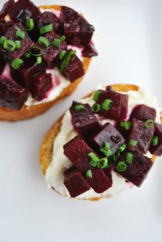 Roasted Beets with Chives & Goat Cheese on Crostini http://bay-magazine.com/roasted-beets-with-chives-goat-cheese-on-crostini/
