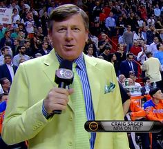 02/23/2012 - Knicks @ Heat Craig Sager 1st quarter sideline report (close-up). *Get paid for your sports passion at www.sportsblog.com