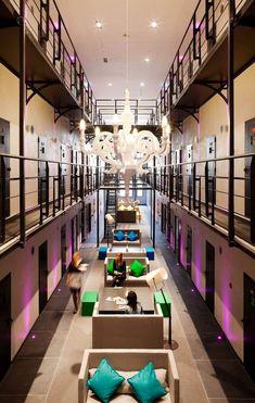 Gefängnis-Hotels-Roermond Holland-Het Arresthuis-Lobby