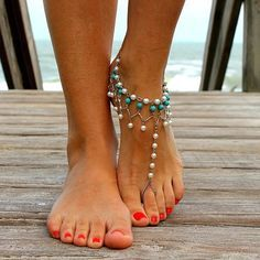 Oh dear….I am swooning. So beautiful! (if only my feet were as pretty as hers :P)