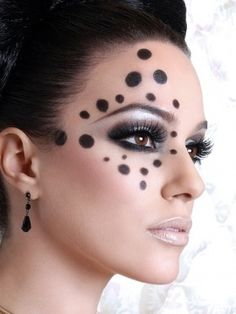 awesome makeup idea for some kind of themed shoot
