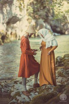 Medieval love. De gueules et d'argent reenactment group