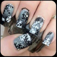 Black and white snowflake nails