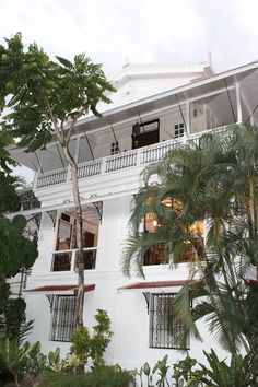 HCS-Y Heritage Tour: The Santos-Andres House in Antipolo | For Love and Life, My Lines and Rhymes Filipino Architecture, Philippine Architecture, Tropical Architecture, Art And Architecture, Philippines Beaches, Philippines Culture, Vacation Places, Dream Vacations, Filipino House
