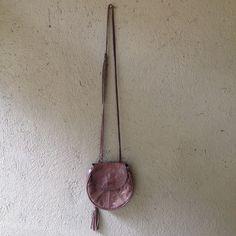 Bag couro Totem R$100,00