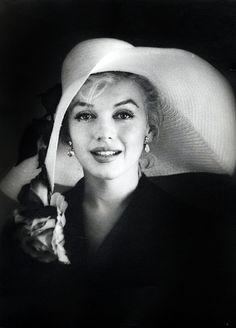 Marilyn Monroe1958 by Carl Perutz