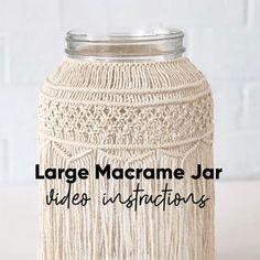 Video Tutorial Small Macrame Jar Pattern   Etsy Macrame Cord, Macrame Knots, Macrame Projects, Garden Projects, Diy Projects, Macrame Patterns, Knitting Patterns, Plant Hanger, Etsy