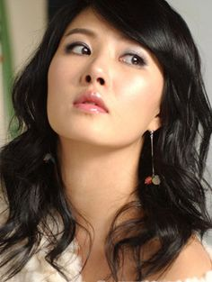 Kim Sun Ah (City Hall, I Do I Do, Scent Of A Woman, My Name Is Kim Sam-Soon). She is my very favorite Korean actress!!!