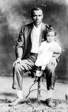 Father & daughter circa, 1900.