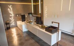 Bathroom Showrooms, Bathrooms, Home Office, Bath Design, Bathroom Interior Design, Interior Architecture, Kitchen Design, Furniture, Toilets
