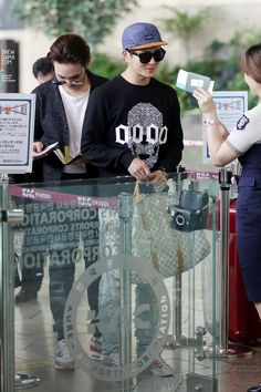 Onew ' Gimpo Airport ② ' // 140910