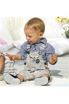 Otroci so naše največje bogastvo. Poskrbimo, da bo njihovo življenje polno ljubezni in srečnih trenukov.
